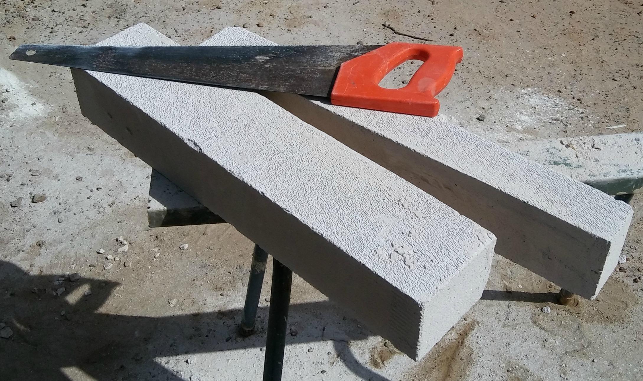 cutting hebel block