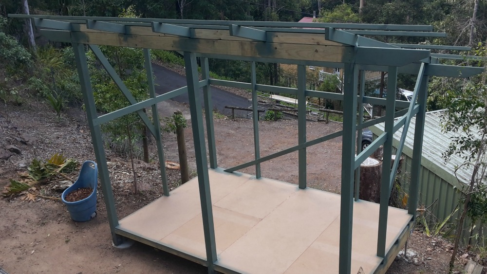 Post and beam shed frame