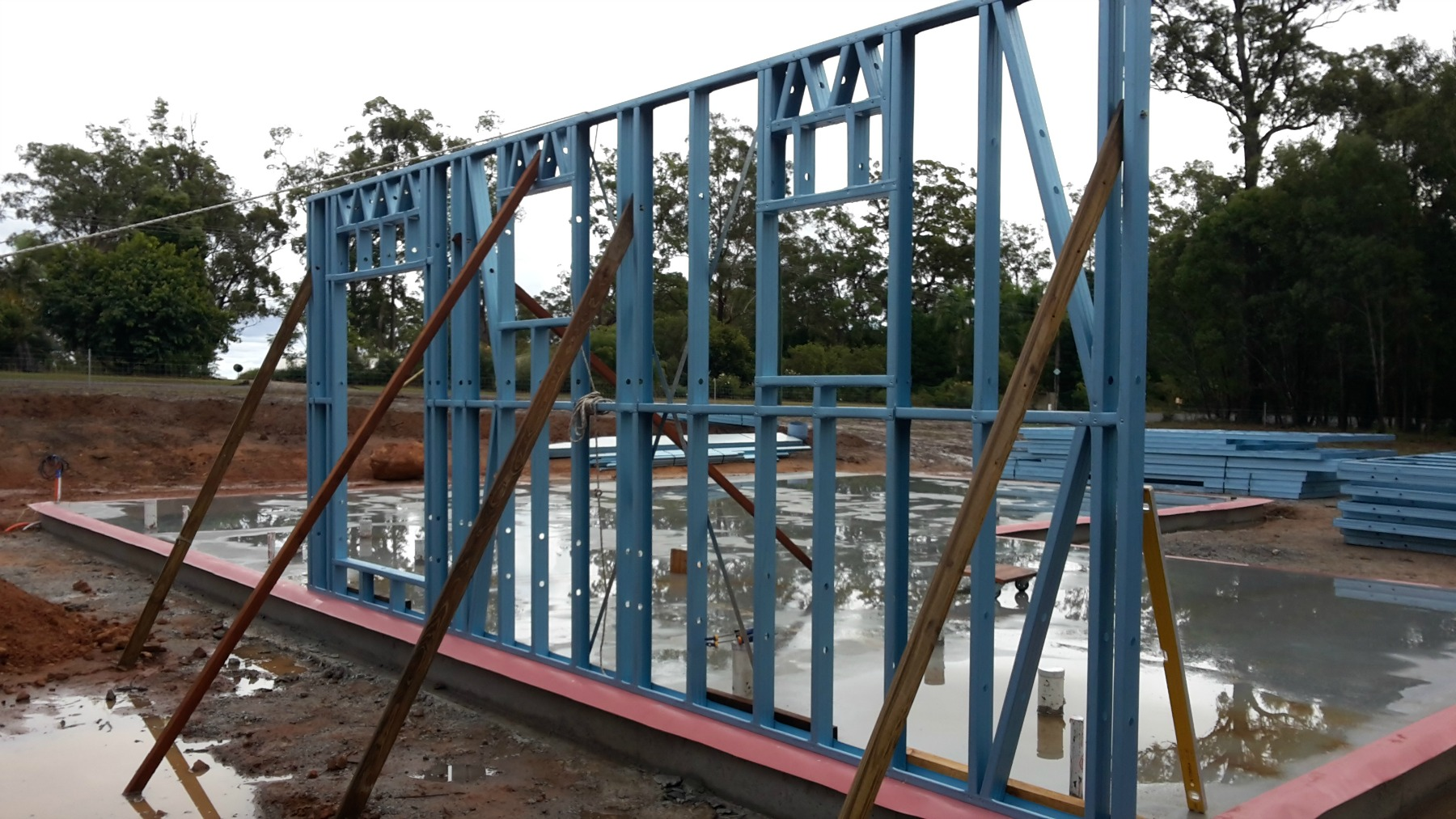 Steel wall frame erection