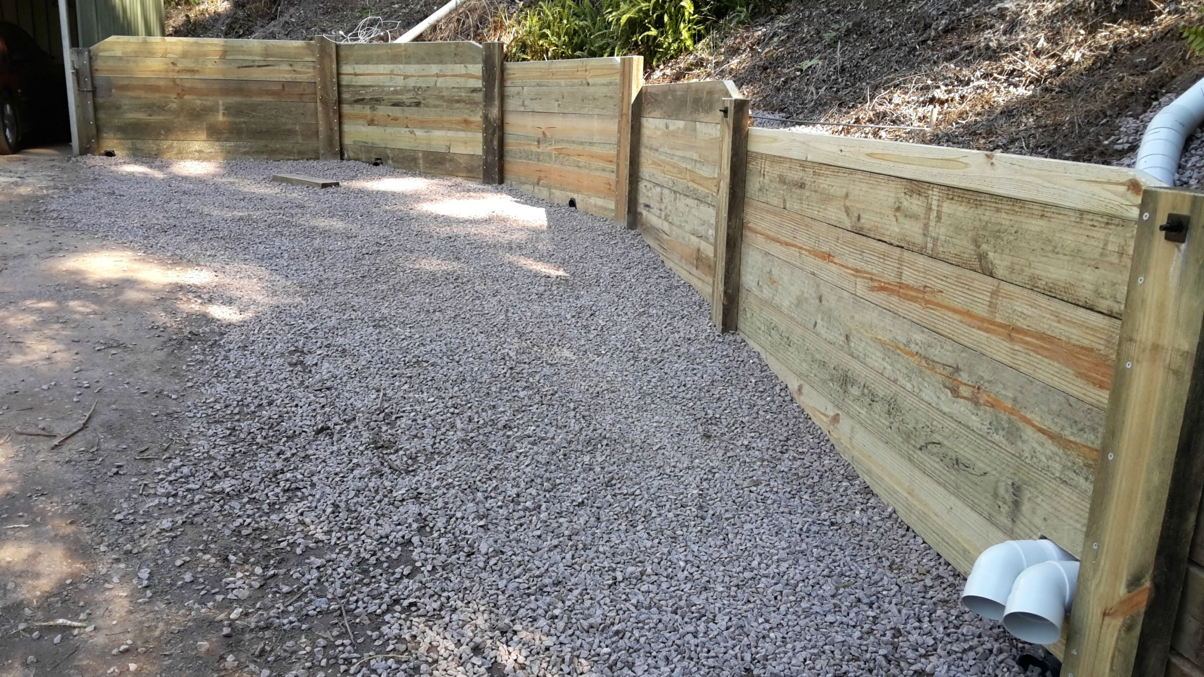 Part 2 Building a retaining wall with pine sleepers