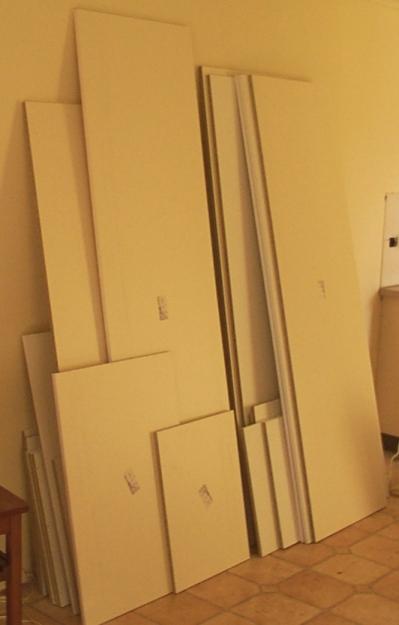 Kitchen flatpack larger components